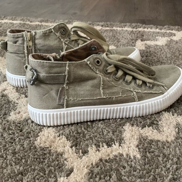 Army Green Semihightop Sneaker Lace Up